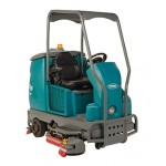Tennant T16 Battery-Powered Ride-on Scrubber